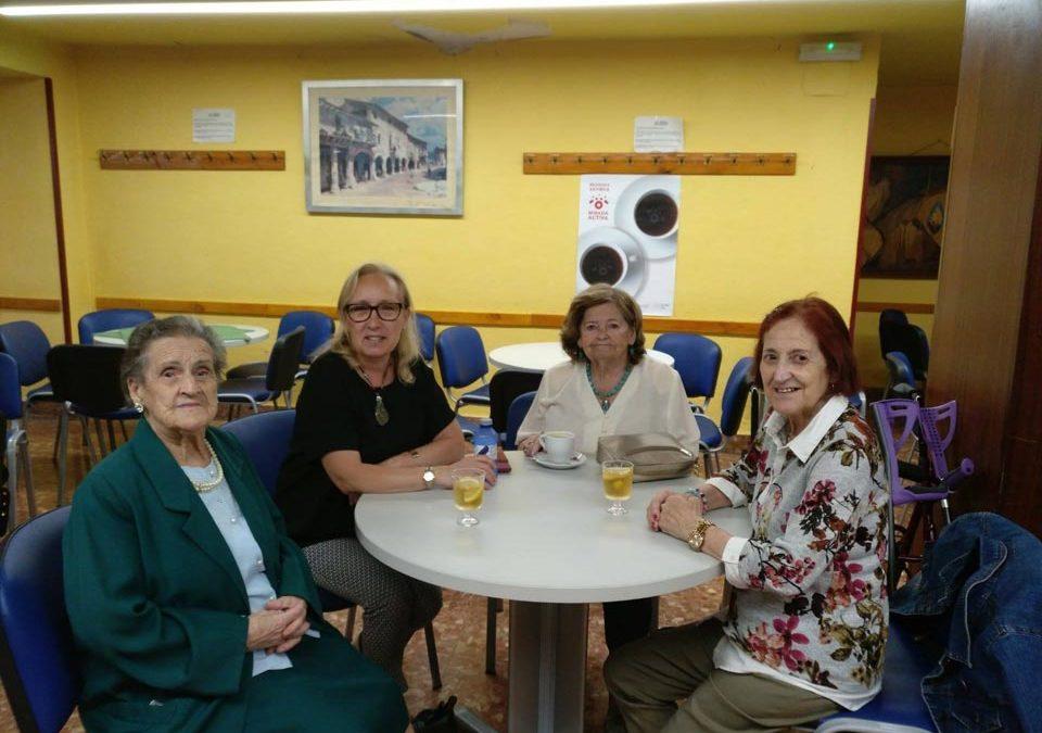 NAGUSI KAFEGUNEAN: Un café solo, café a tres, café en grupo